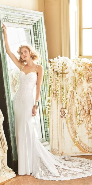 325cfb271542 Beaded Lace Applique Sweetheart Wedding Dress
