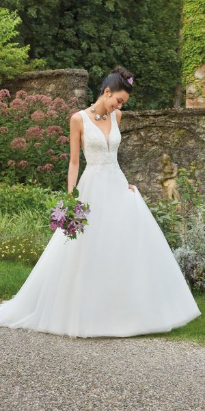 289eb08543ac Lace Beaded Plunge Wedding Dress